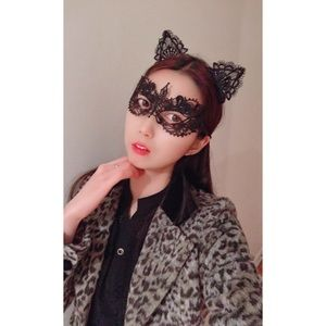 **Add On** 🐱 Lace Kitten Ear and Masquerade Cover